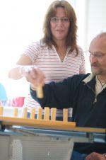 Ergotherapeuten arbeiten mit Menschen. Deswegen solltest du auch kontaktfreudig sein (Bildquelle: BED e.V.)